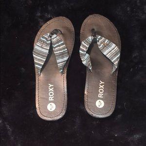 NWOT!! Roxy Flip Flops